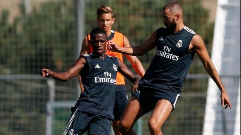 Benzema y Vinicius, juntos en el entrenamiento del Madrid