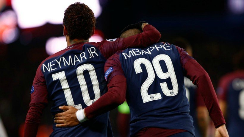 Neymar y Mbappé en el PSG. Foto Twitter (@ChampionsLeague)