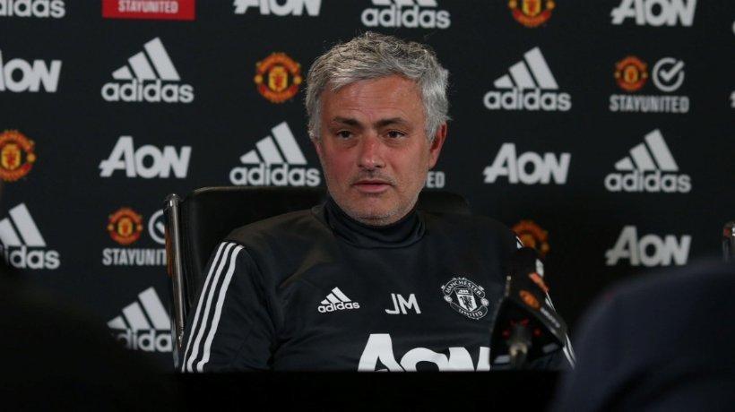 Mourinho en rueda de prensa. Foto: Twitter (@ManUtd).