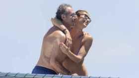La actriz Mónica Pont y José Cacheiro durante unas vacaciones en Ibiza.