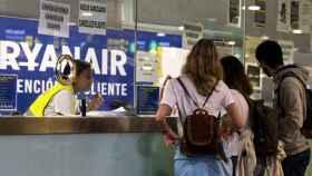 Ryanair reduce un 20 % su flota en Irlanda, con más de 300 posibles despidos