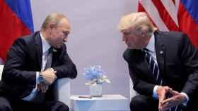Vladimir Putin y Donald Trump en la cumbre de Helsinki