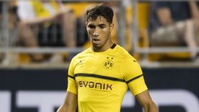 Achraf debuta con el Borussia Dortmund. Foto: Twitter (@AchrafHakimi)