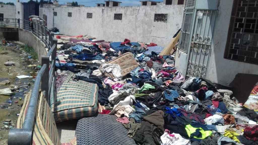 Uno de los pisos patera de Boukhalef tras ser desalojado.