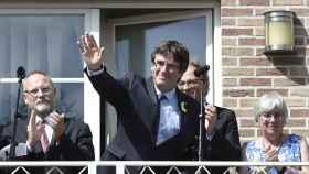 Puigdemont escenifica un regreso triunfal a la 'casa de la República' en Waterloo