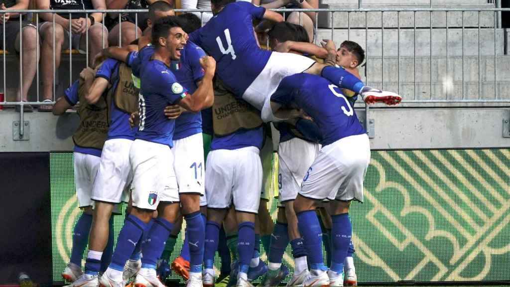 Italia celebrando el gol del empate