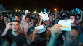 Reacción del público a la suspensión del concierto de David Guetta en Santander