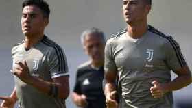 Dybala y Cristiano entrenan con la Juventus