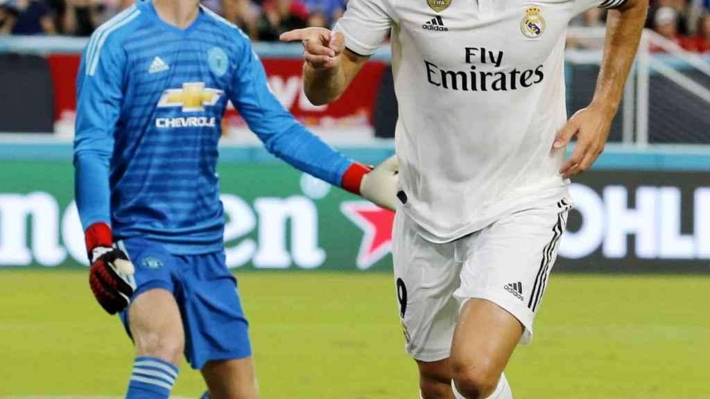 Benzema celebra su gol ante el Manchester United