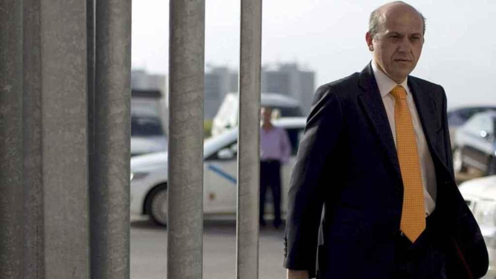 El expresidente del Sevilla, José María del Nido, pasó por la cárcel de Sevilla I en 2014, tras ser condenado por el 'caso Minutas'.