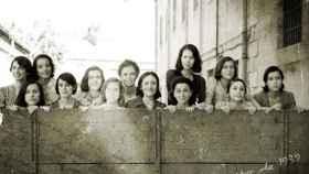 Imagen envejecida de las actrices de la película 'Las 13 rosas' que Pedro Sánchez ha confundido con las víctimas de 1939.