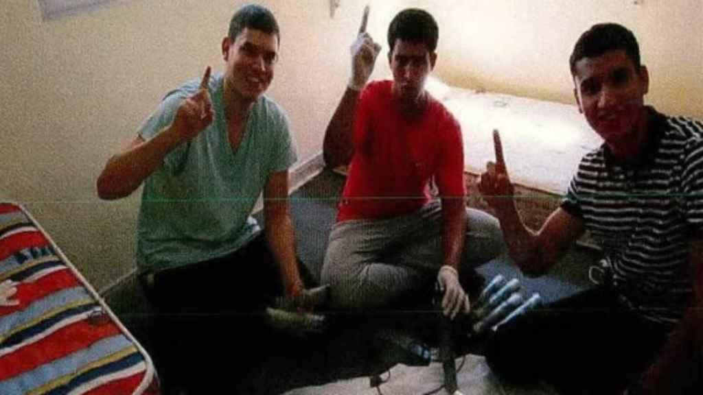Así fabricaron los yihadistas del 17-A sus falsos chalecos explosivos