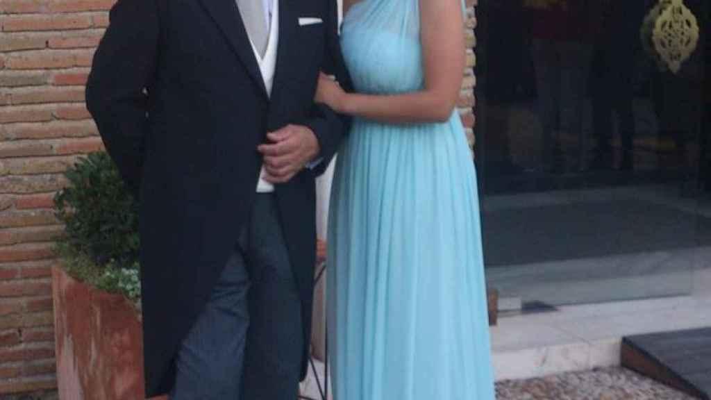 Francisco junto a una de sus hijas.