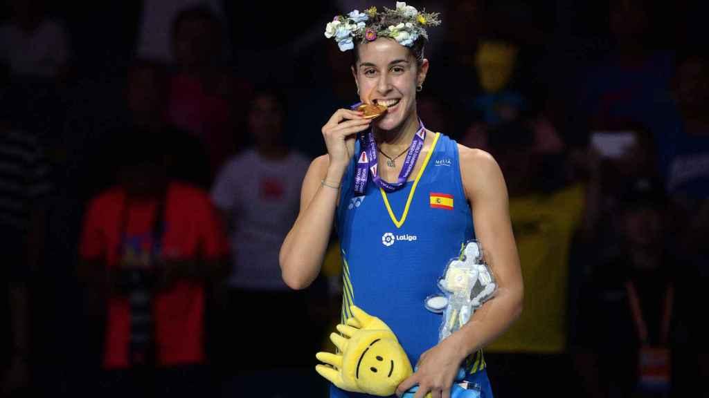 Carolina Marín, tras ganar el Mundial de Bádminton.