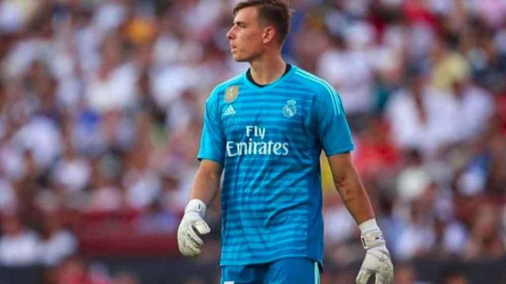 Lunin, durante un partido con el Real Madrid.