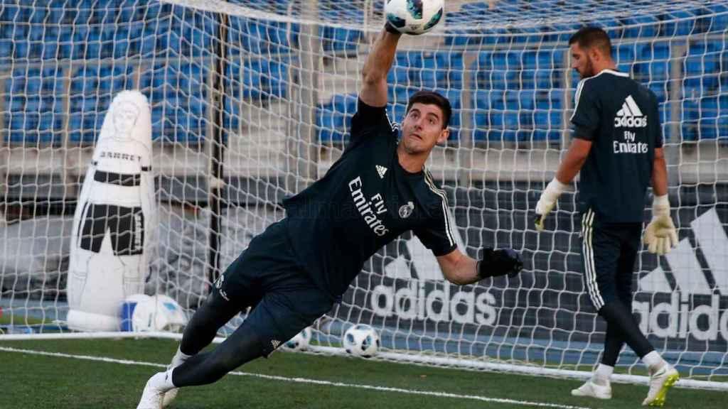 Courtois en su primer entrenamiento con el Real Madrid