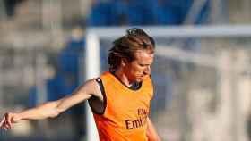 Modric entrenando con el Madrid