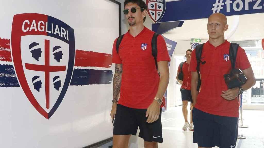 Savic llegando a un partido de pretemporada. Foto: Twitter. (@Atleti)