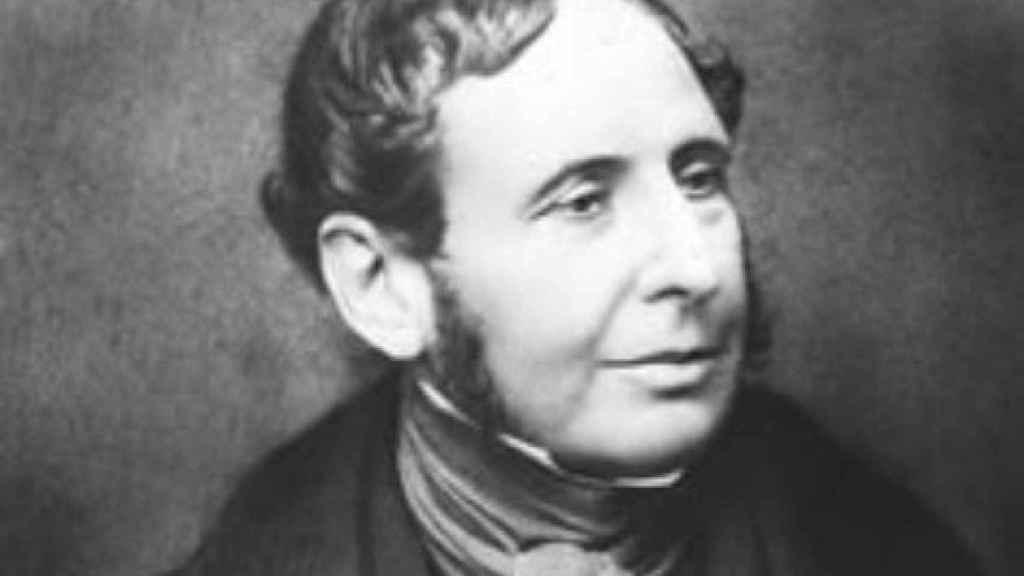 Robert Fitzroy fue el comandante del HMS Beagle durante el famoso viaje de Charles Darwin .