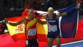 Orlando Ortega celebra su bronce con el francés Martinot-Lagarde, nuevo campeón de Europa.