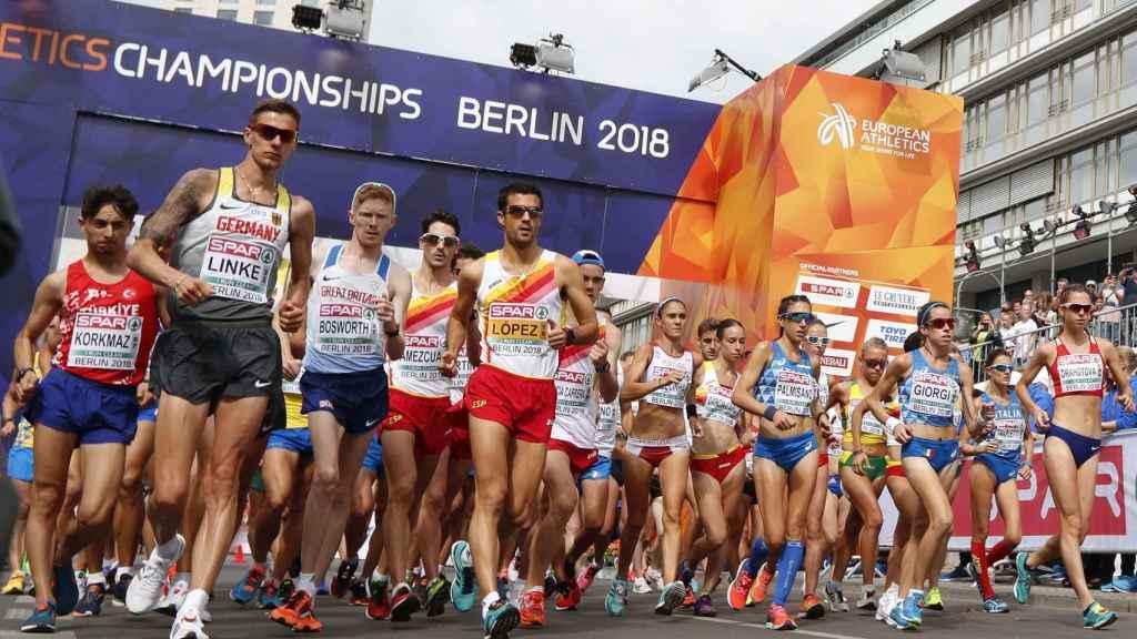 Salida del 20 kilómetros marcha masculino y femenino en Berlín.
