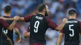 Higuaín no celebró su gol ante el Madrid. Foto: acmilan.com
