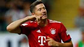 Lewandowski celebra un gol durante la Supercopa alemana