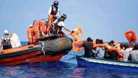 Aquarius segunda parte: pide puerto seguro a la UE tras rescatar a 141 inmigrantes