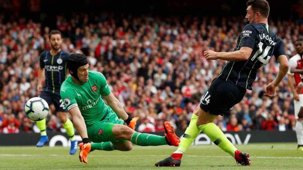 Cech, en un momento del partido ante el City.