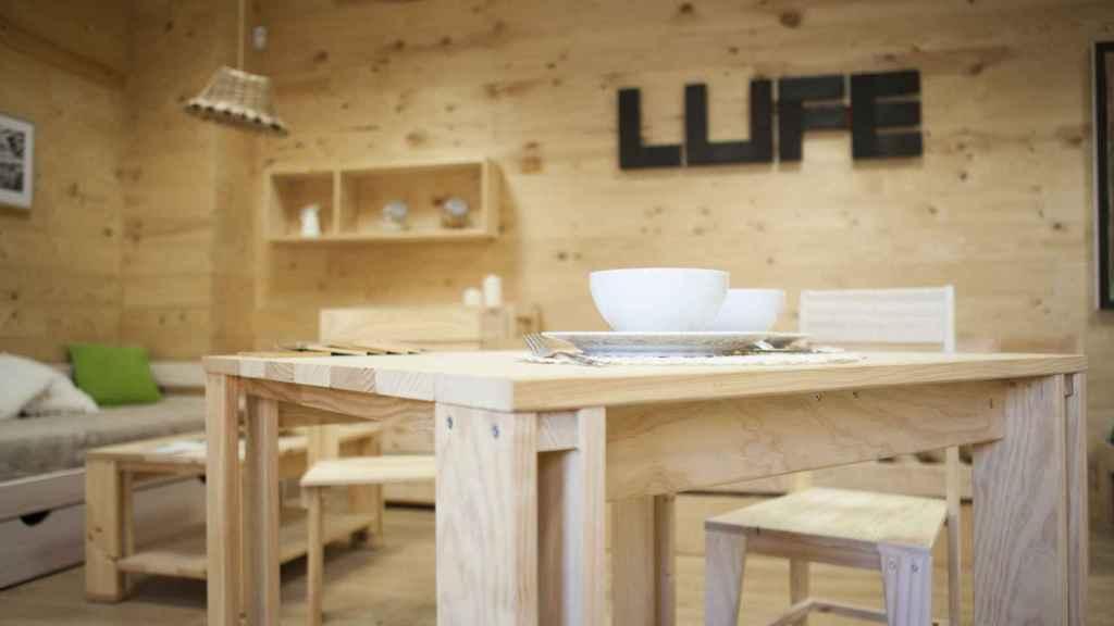 Muebles Lufe, imagen de archivo.