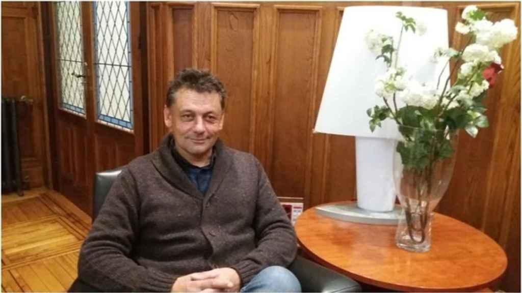 El concejal de Izquierda Unida (IU) en el Ayuntamiento de Llanes, Javier Ardines.