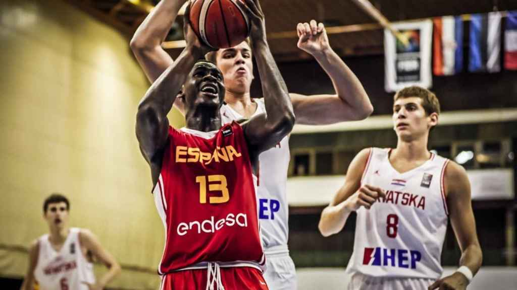 Garuba, durante la final del Europeo Sub16. Foto: fiba.basketball