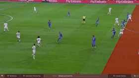 Primera jugada analizada con el VAR en el Santiago Bernabéu