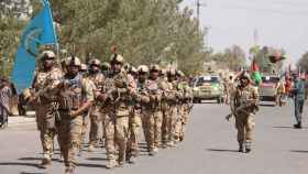 Soldados del ejército afgano, durante la celebración del 99 aniversario de la independencia.
