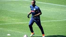 Usain Bolt en su primer entrenamiento con los Central Coast Mariners