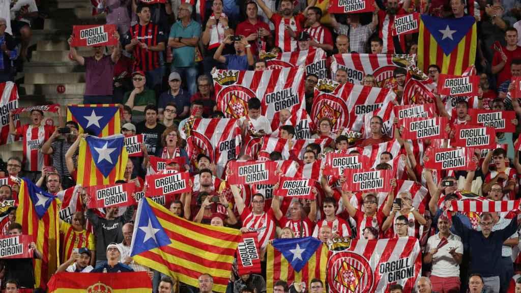 Esteladas en Montilivi durante el Girona - Real Madrid
