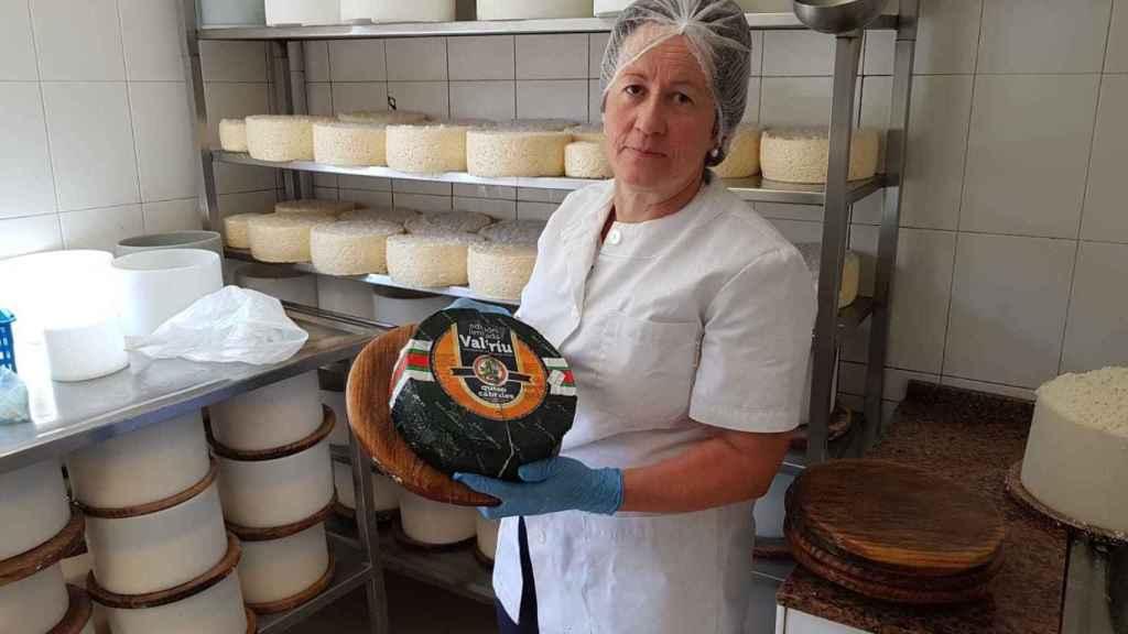 El queso, alcanzó los 14.300 euros en la subasta