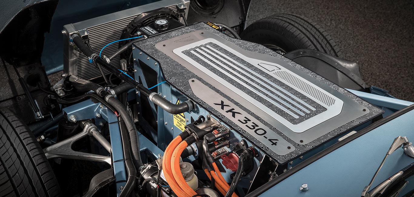 jaguar xk330-4
