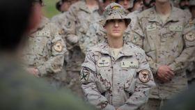 La comandante Gala Gallego, en la base de Almagro (C. Real) en vísperas de partir a Irak.