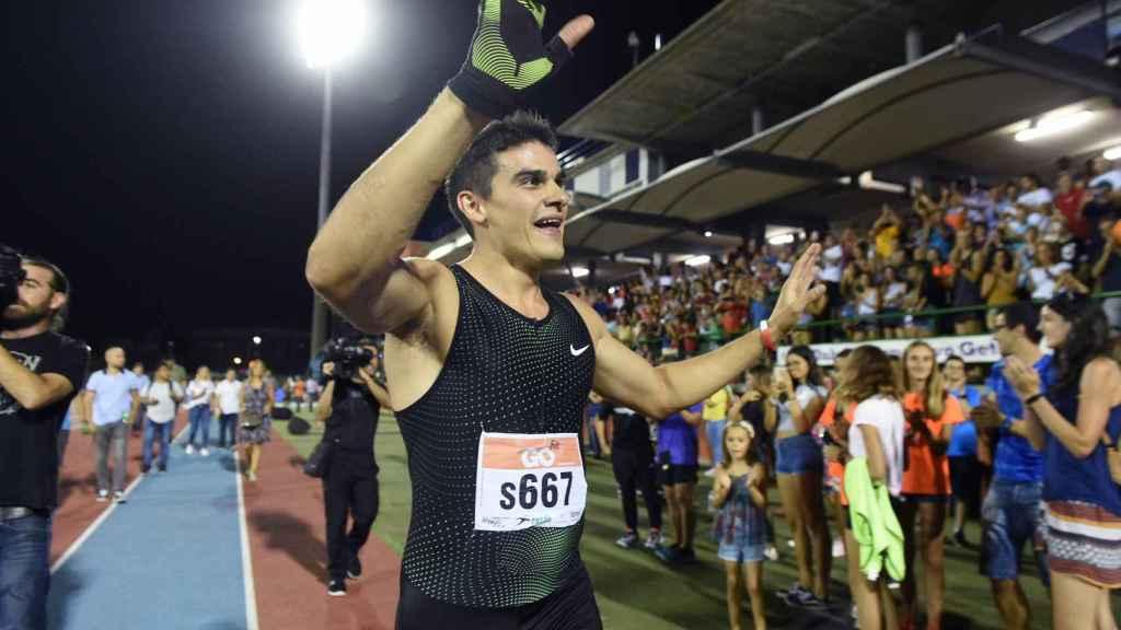 Bruno Hortelano agradece al público su cariño.
