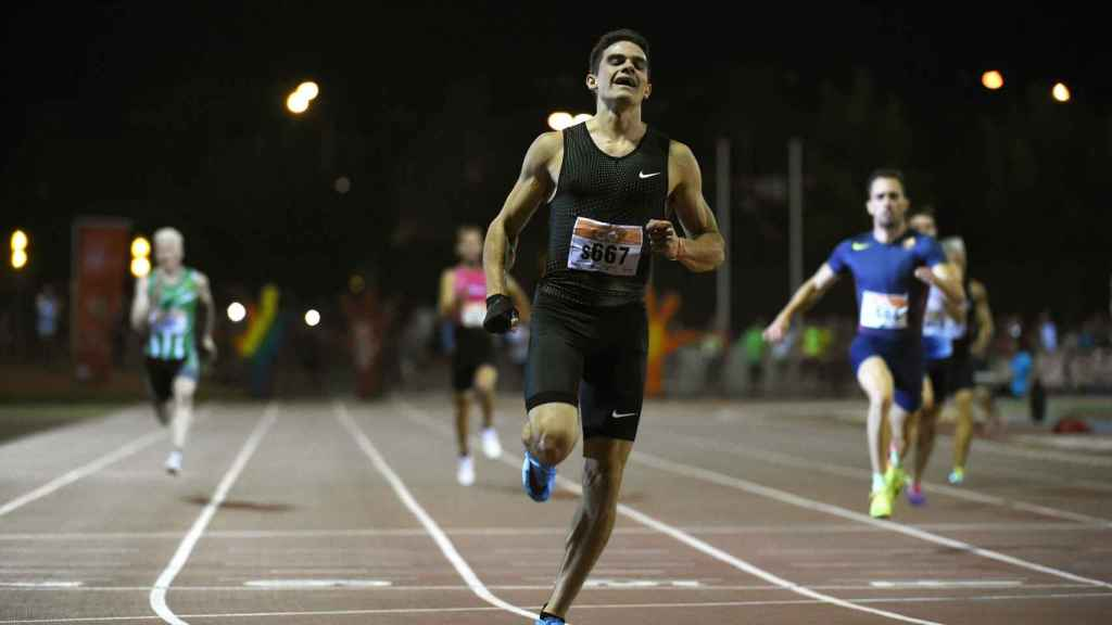 Bruno Hortelano durante una prueba de 200 metros lisos