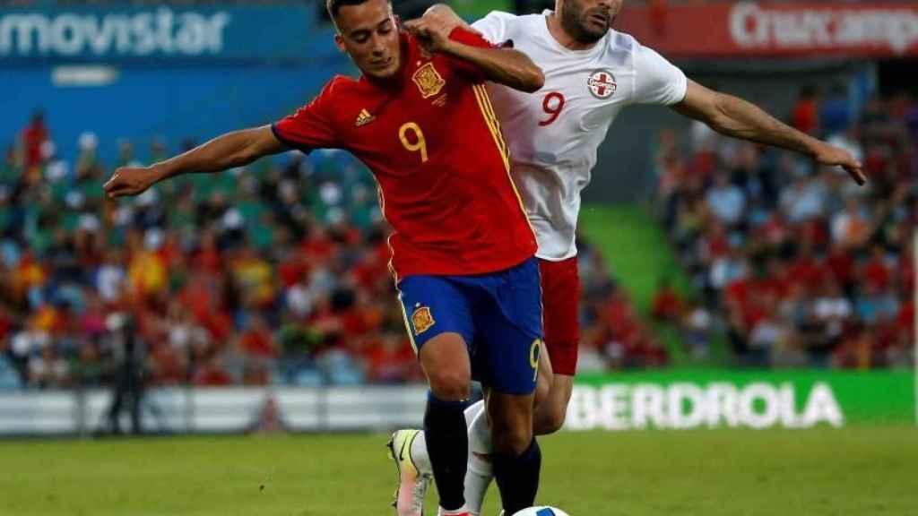 Lucas Vázquez durante un amistoso de España