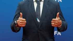 Roberto Carlos en la ceremonia de sorteo de la fase de grupos de la Champions League