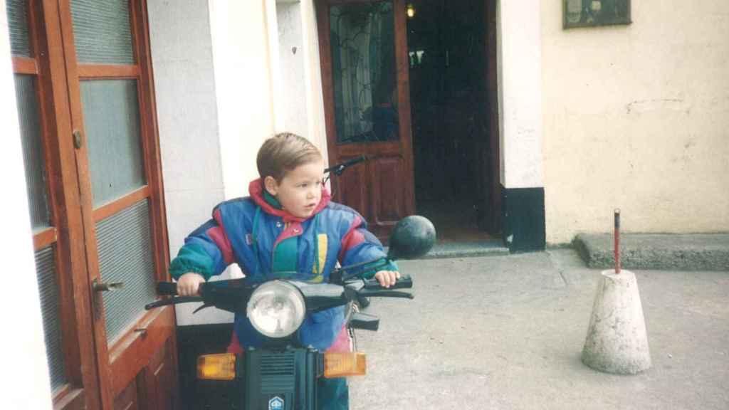 Sergio a los tres años en Narón.