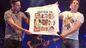 La imagen de Andy y Lucas en cuestión, denunciada por los padres del pequeño Gabriel.