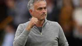 Mourinho celebra una victoria con el United