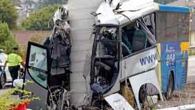 La lectura del tacógrafo del bus de Avilés confirma que iba entre 80 y 90 km/h
