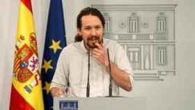 Pablo Iglesias, líder de Podemos, en la Moncloa tras reunirse dos horas con Pedro Sánchez.