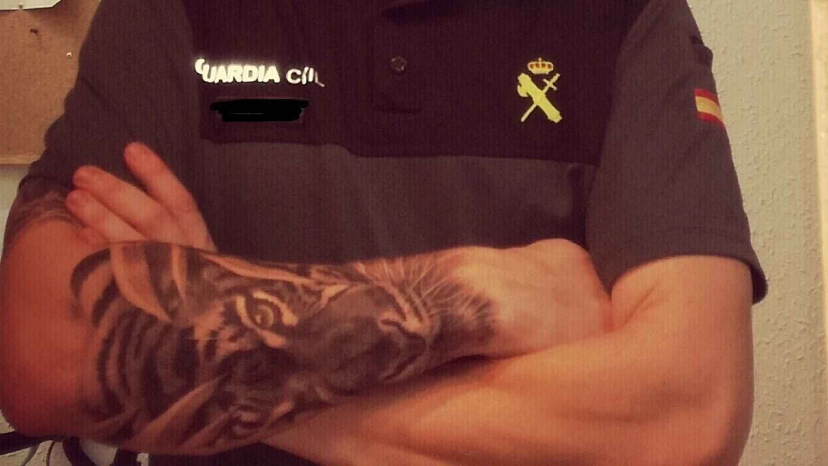 Marlaska pide consenso acerca de la normativa que regulará los tatuajes en la Guardia Civil