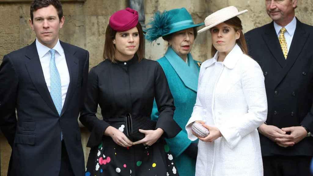 Eugenia de York y su pareja, Jack Brooksbank en la boda de Harry y Meghan.